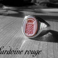 sardoine-rouge blason